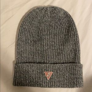 Guess hat